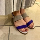 Low-heeled SANDAL
